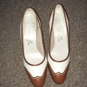 Brown and white oxfords size 8 Vintage